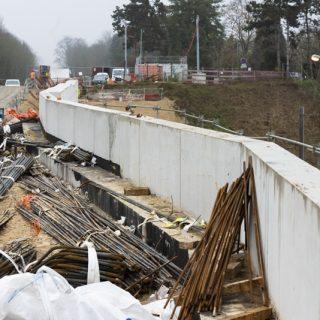 Construction du mur de soutènement au terminus de Saint-Germain-en-Laye
